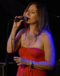 Laura Fernandez